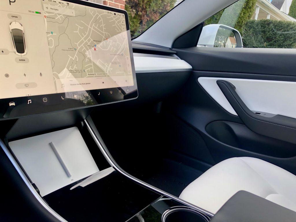 TapTes wireless charging pad - Tesla Model 3 Wiki